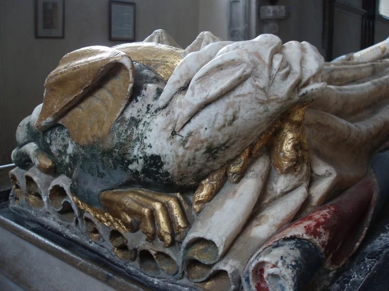 Suffolk_church_inside_2